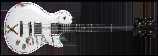 horizontal-dia1-pintura-y-personalizado-cristh-rod-guitar-600
